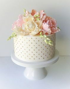 Send Cakes to Delhi NCR Cakes Bakery Image